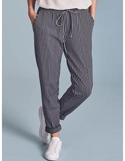 d447pn-pantaloni-tapered.jpg copy